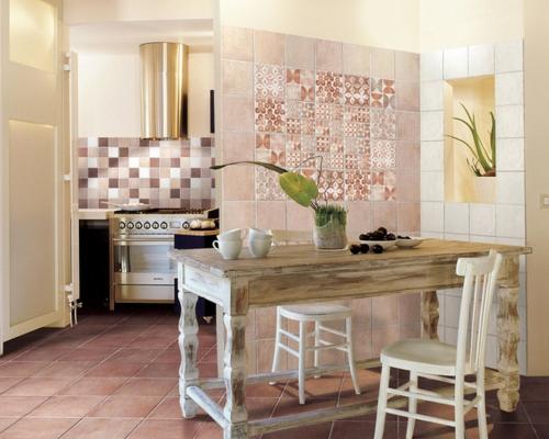 patchwork fliesen designs arbeitsplatte küche tisch holz