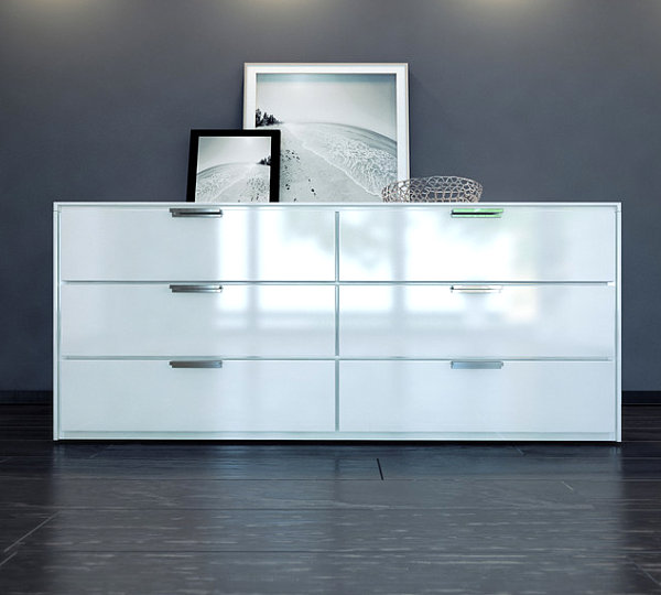 Kommode weiß schlafzimmer  Raffinierte Ausstattung für Schlafzimmer - stilvolle Dekorationsideen