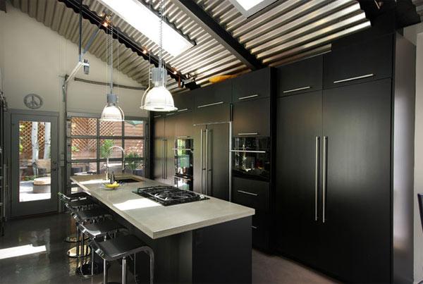 schwarze küchenmöbel und ausgefallene details zeitgenösisch mit stil