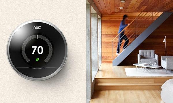 smart home technologie thermostat treppenhaus holz wandgestaltung