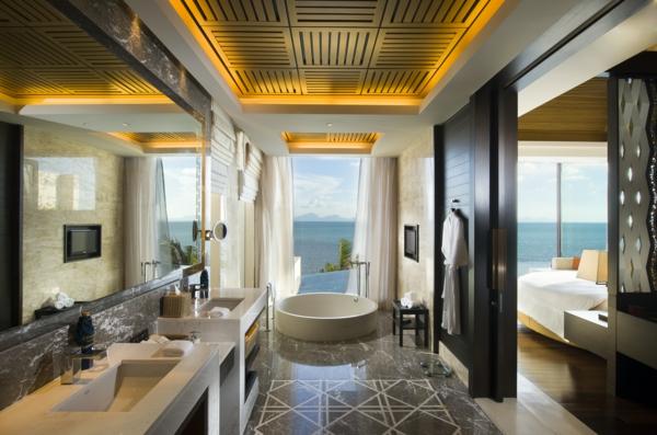 spa ausstattung im badezimmer beleuchtung indirekt rund wanne