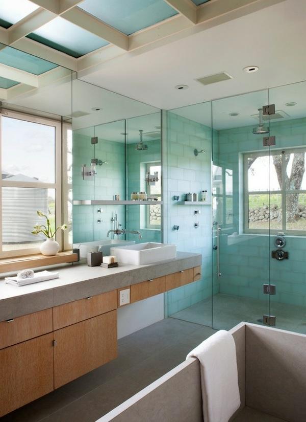 spa ausstattung im badezimmer glastüren waschbecken badewanne