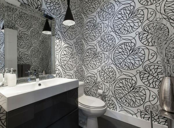 traumhafte designer wohnung badezimmer in schwarz und weiß mit filigranen mustern