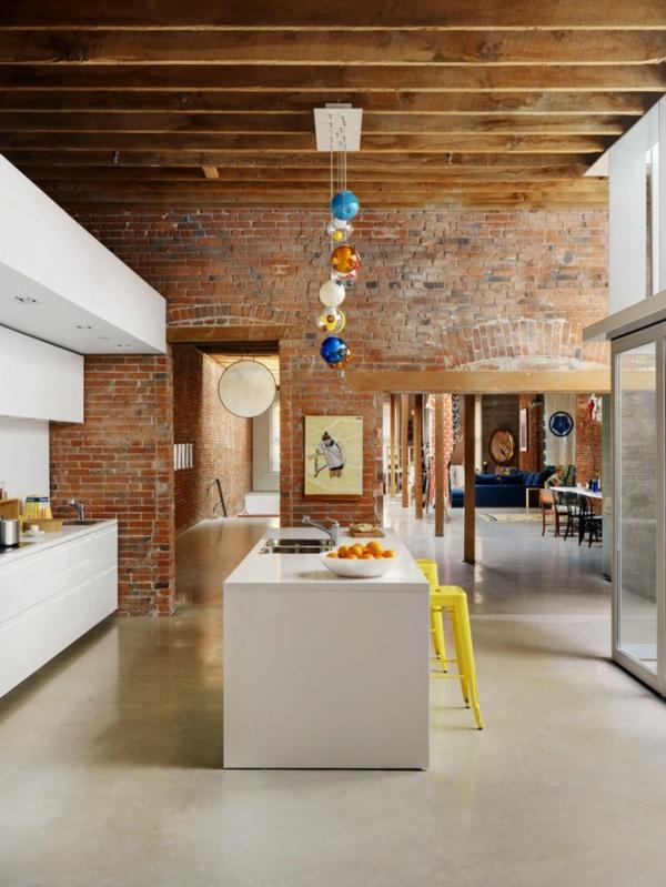urbanen dachboden einrichtungsstil essbereich küche ziegelwand
