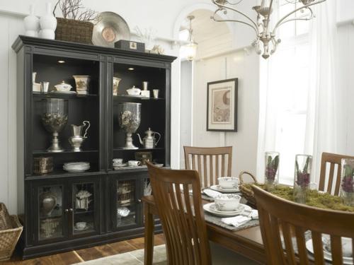 vintage-silber-dekoration-zu-hause-eklektisch-stil-einrichtung-esszimmer