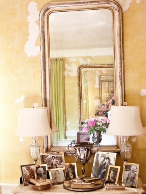 vintage-silber-dekoration-zu-hause-eklektisch-stil-wandspiegel