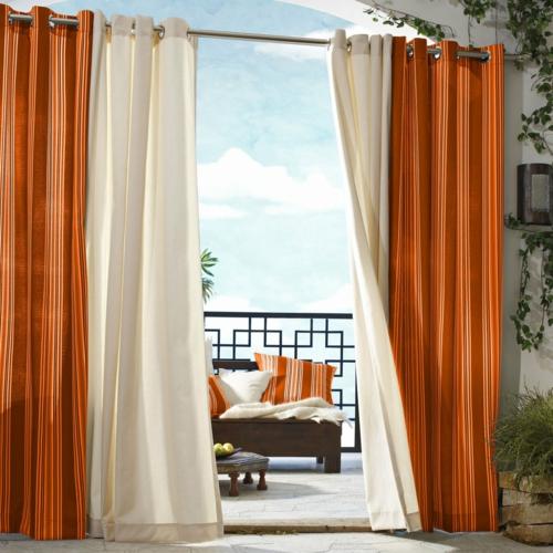 vorhänge gardinen außenbereich garten terrasse orange weiß