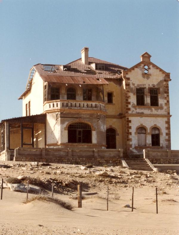 wunder der architektur geister haus kolmanskop namibia