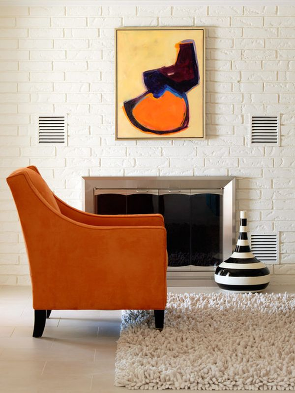 wunderschöne bodenvasen designs orange sessel einbaukamin ziegelwand