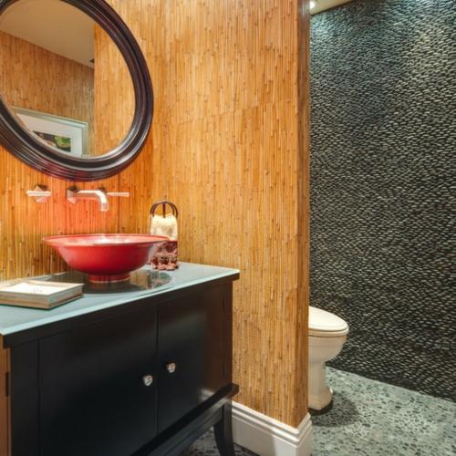 Badezimmer Designs asian style trennwand bambus wc schwarz unterschrank
