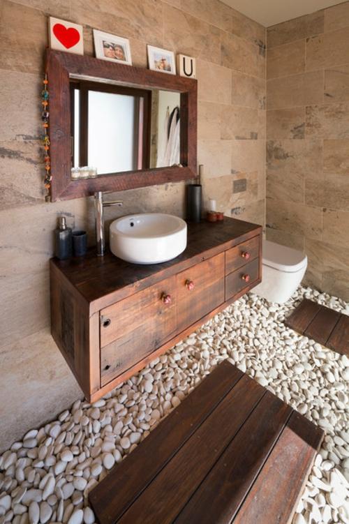 Badezimmer Designs im asiatischen kiesel weiß fliesen wandgestaltung spiegel