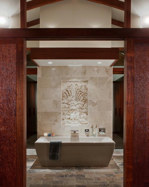 Badezimmer-Designs-kastanianrot-holz-badewanne-fliesen