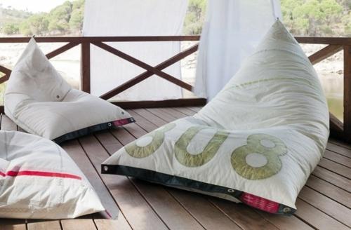 Coole Gartenmöbel für die Terrasse kissen patio veranda außenbereich