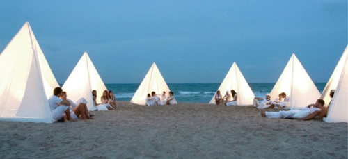 Coole Gartenmöbel für die Terrasse zelte modern strand romantisch