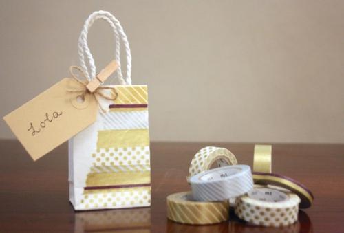 Dekoratives Klebeband geschenk muster interessant
