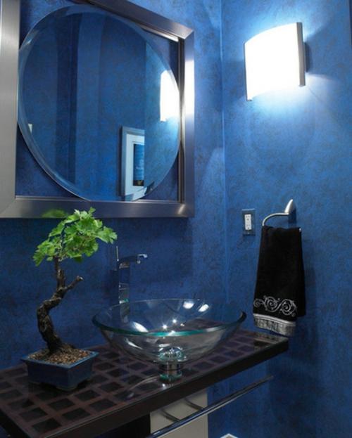 Der Bonsai Baum im Interior Design badezimmer blau wandgestaltung