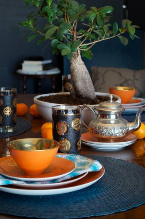 Der Bonsai Baum im Interior Design schale dekoration gläser