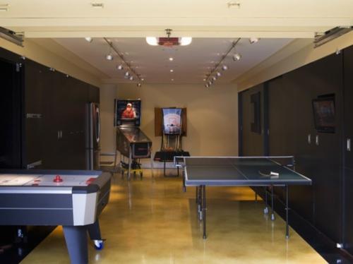 Designer Spielraum mit Billard spieltisch beleuchtung tennis