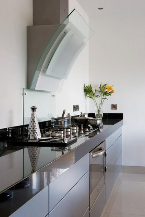 Dunstabzugshaube für die Küche wand kochplatte schwarz