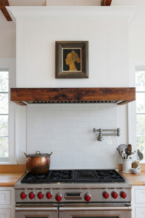 Dunstabzugshaube für die Küche weiß fliesen wand gemälde