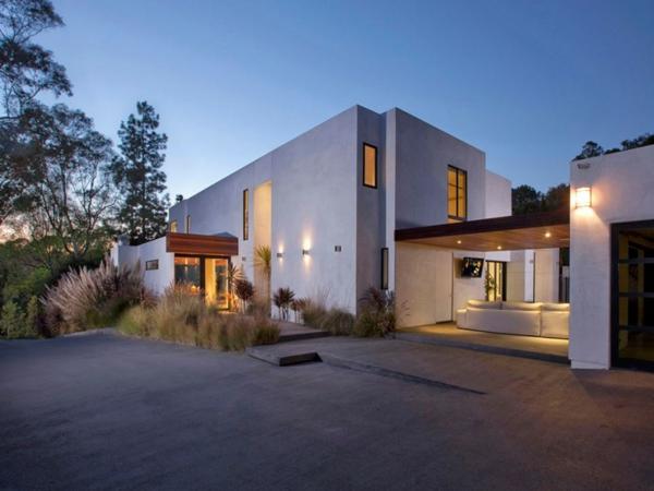 Eine herrliche Residenz eleganz fassade modern minimalistisch architektur