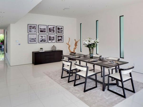 Eine herrliche immobilie esszimmer schwarz weiß klassisch