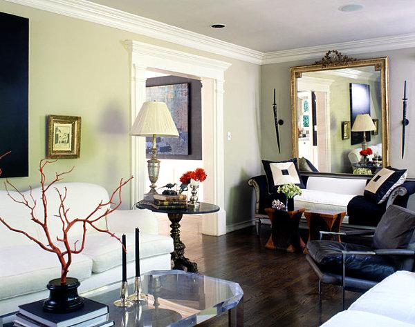 Eklektisches Interior Design wohnzimmer elegant sofa weiß nebentisch