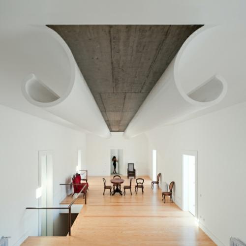 Häuser mit erstaunlichen Zimmerdecke Designs  futuristisch weiß fez