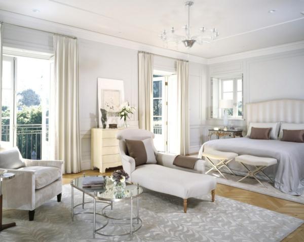 Inneneinrichtung in Weiß holz liege schlafzimmer doppelbett
