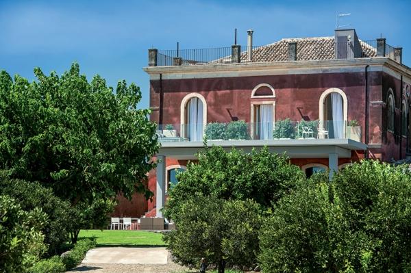 Klassische Architektur und modernes Hotel Design gebäude weinkellerei