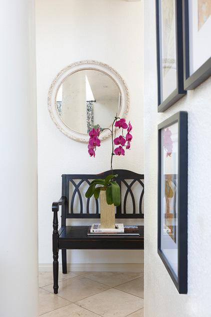 Kombination von Interieur Stilen wandspiegel rund weiß wand blumen