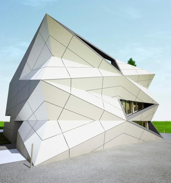 Kulturzentrum Sportzentrum baustelle dreieckige fassade