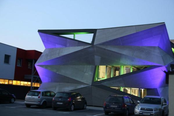 Kulturzentrum Sportzentrum beleuchtung exterieur