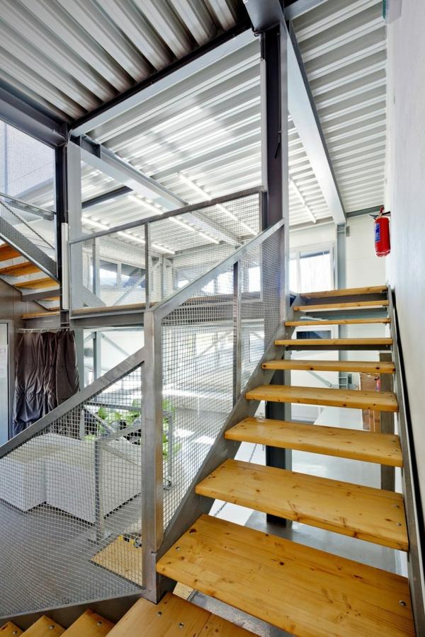 Kulturzentrum Sportzentrum design treppe holz