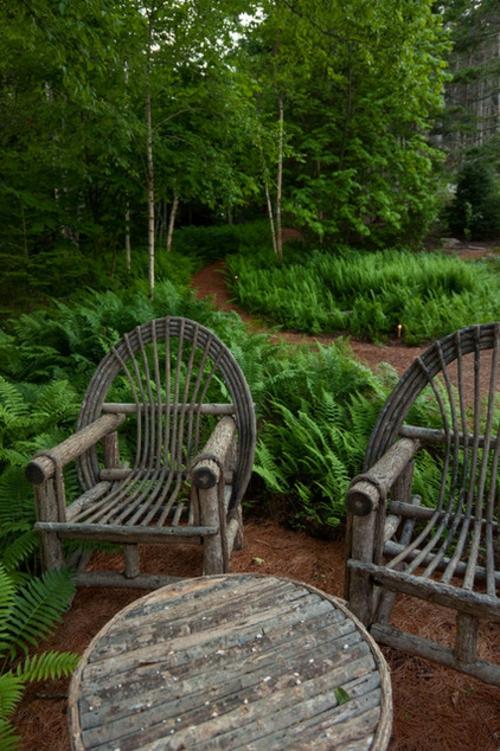 Landschaftsarchitektur mit nachhaltig gewonnenem Holz stühle rustikal