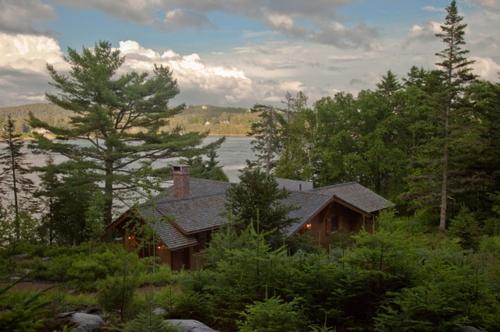 Landschaftsarchitektur mitnachhaltig gewonnenem Holz häuser wald