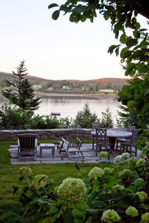 Landschaftsarchitektur und Design mit nachhaltig gewonnenem tische stühle