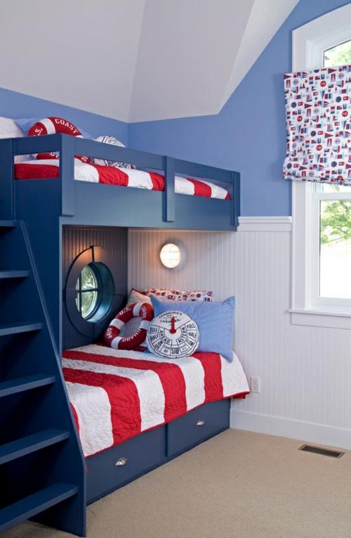 Neues Bett im Schlafzimmer einzelbett marinenstil rot weiß bettwäsche
