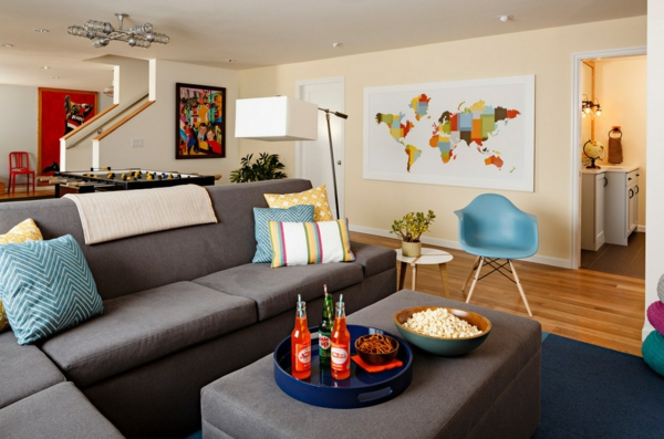 Ordnung zu Hause schaffen wohnzimmer sofas couchtisch party