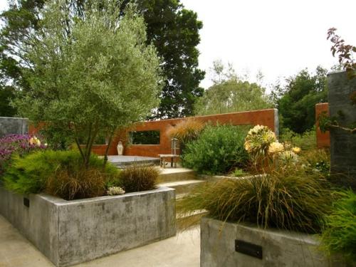 Schöne Gartengestaltung und Landschaftsbau treppe beton sichtschutz
