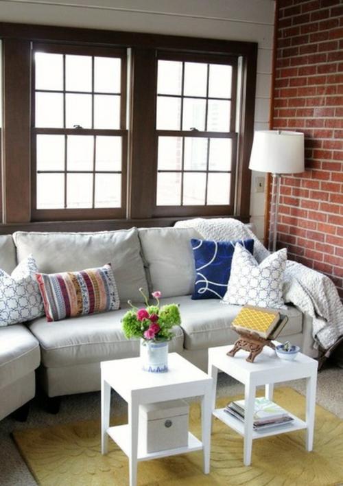 Sparsame Dekoration zu Hause wohnbereich sofa kissen bunt stelhampe