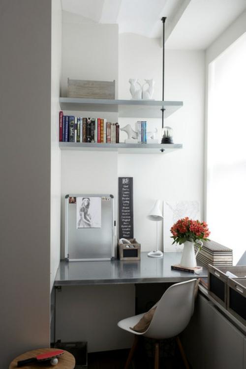 Tipps für Ihr kleines Homeoffice bücherregale wand weiß grau einrichtung hause