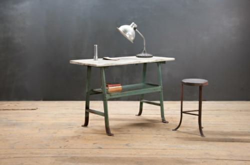 Vintage Schreibtische in Ihrem Homeoffice  Büro industriell arbeitstisch usa
