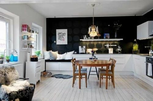 wanddekoration mit bunten punkten - getupftes design wieder in mode - Wanddekoration Küche