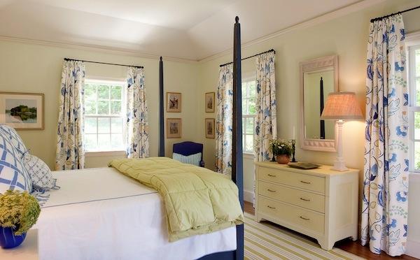 attraktives gästezimmer design wunderschöne florale muster