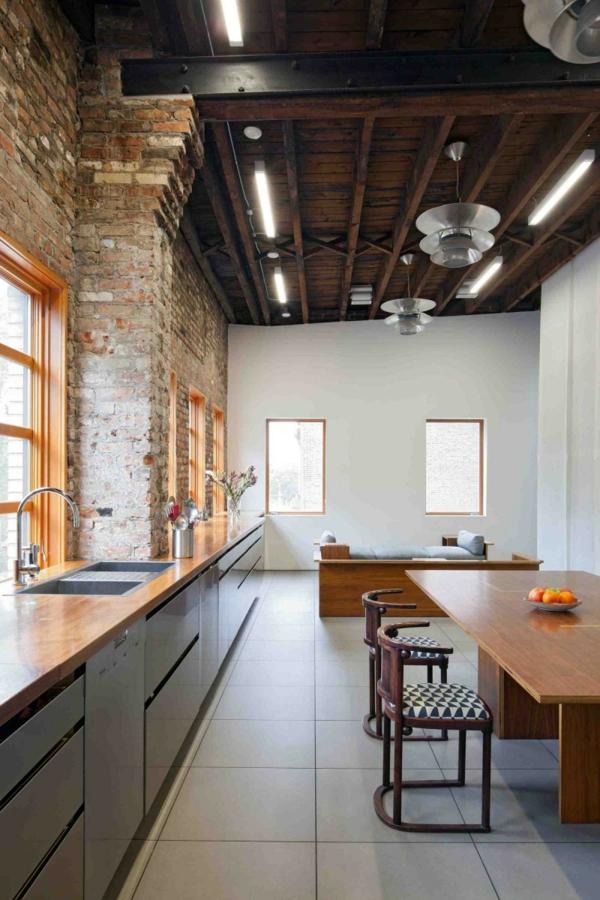 brooklyn cooles studio schlichter esstisch ovale stühle aus nussbaumholz