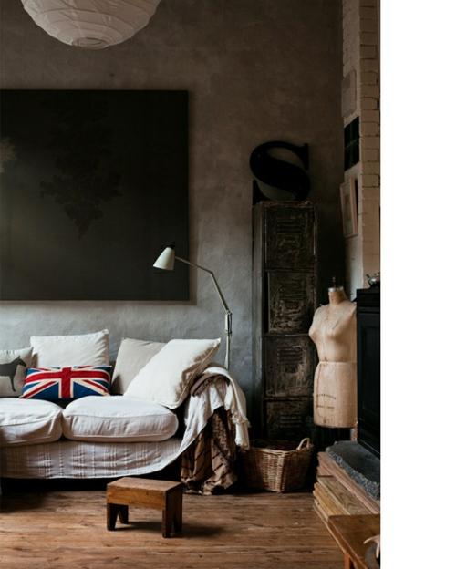coole Grunge Interior Designs schlafzimmer doppelbett hocker holz