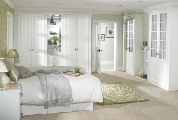 coole Ideen fürs Schlafzimmer Design gelb bettwäsche weiß einrichtung