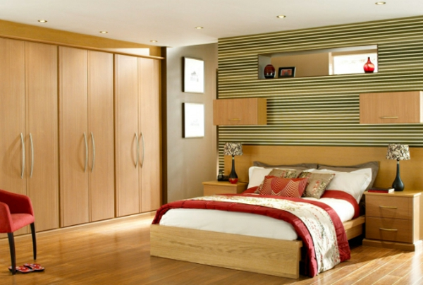 coole Ideen fürs Schlafzimmer Design warm bettwäsche rot weiß schrank