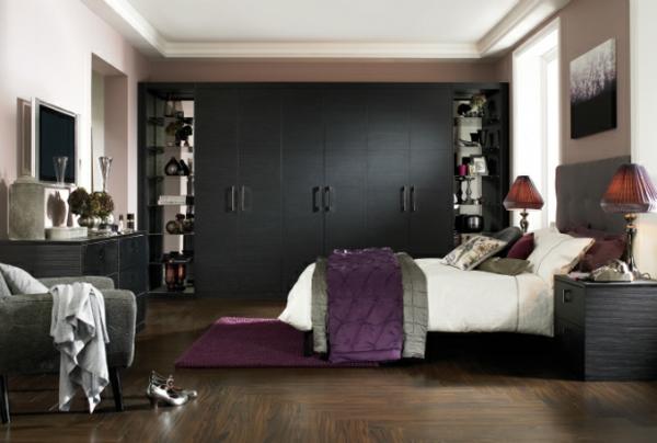 coole-Ideen-fürs-Schlafzimmer-Design-warm-braun-schwarz-eingebaut-schrank